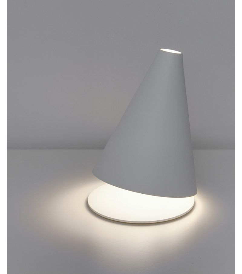 Palpebra table lamp by Federico del Rosso- The Italian Buzz
