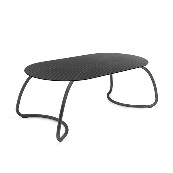 Loto dinner table by Di Nardi- The Italian Buzz